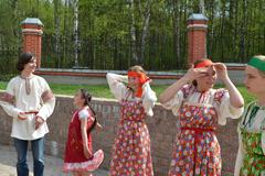 10.05.2013 Пасхальные гулянья в Вертограде