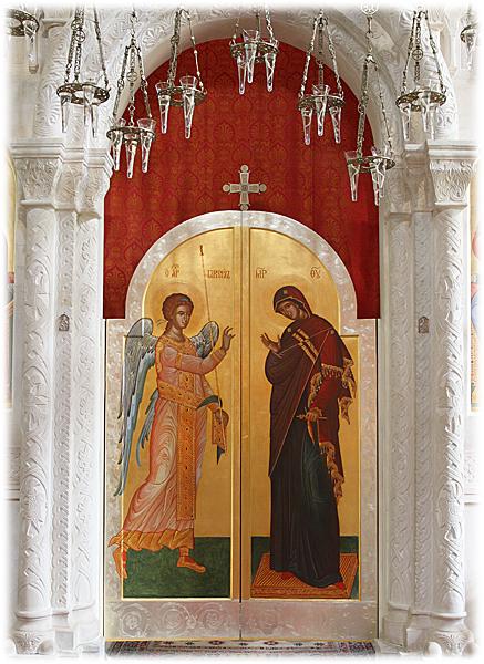 Царские врата главного иконостаса