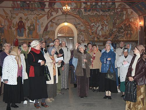 Экскурсия по храму для слушателей курсов