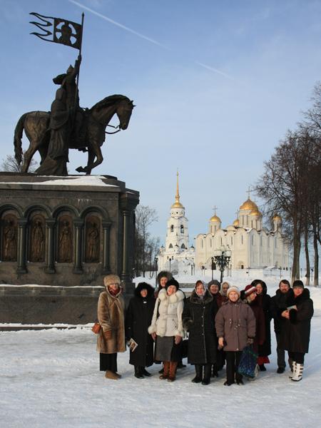 Пущинские паломники во Владимире