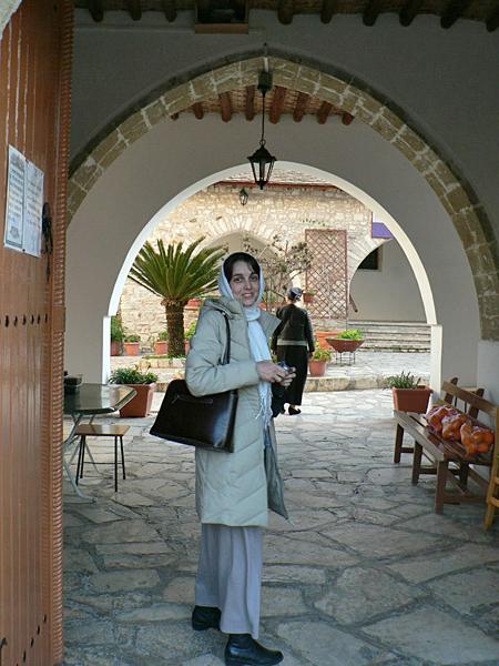 Женский монастырь св.Минаса возле селения Лефкара
