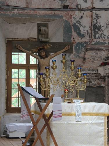 Временный алтарь в Храме с.Подмоклово