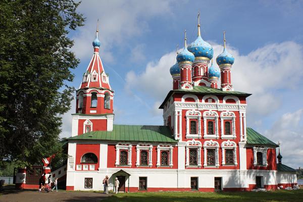 Храм царевича Димитрия на крови в Угличе