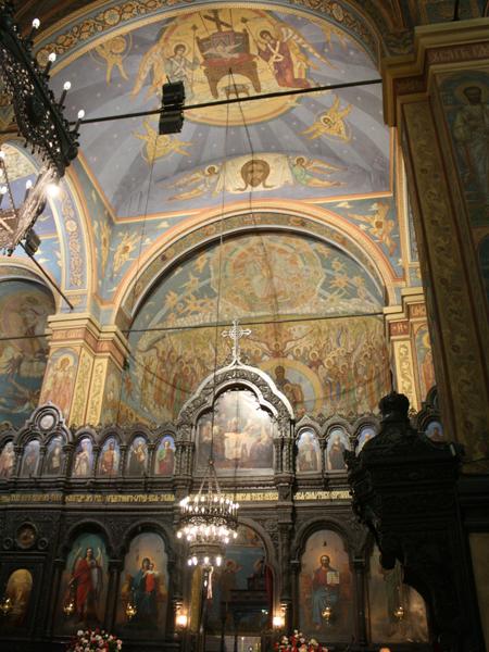 Праздничная св. Литургия на Воздвижение Честного Креста Господня в Соборе.