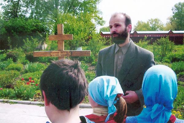 С детьми воскресной школы в Казанской Свято-Амвросиевской женской пустыни