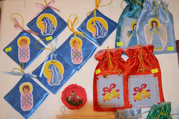 """Работы """"Вертограда"""" на Пущинской рождественской ярмарке 2012"""