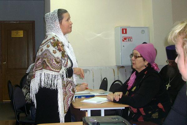 Людмила Анатольевна Рябова открывает семинар для учителей воскресных школ