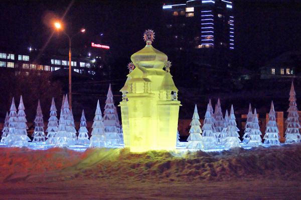 Ледовый городок на эспланаде в Перми