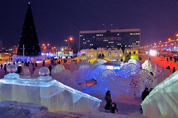 Ледовый городок на эспланаде в Перми 2011-12 г