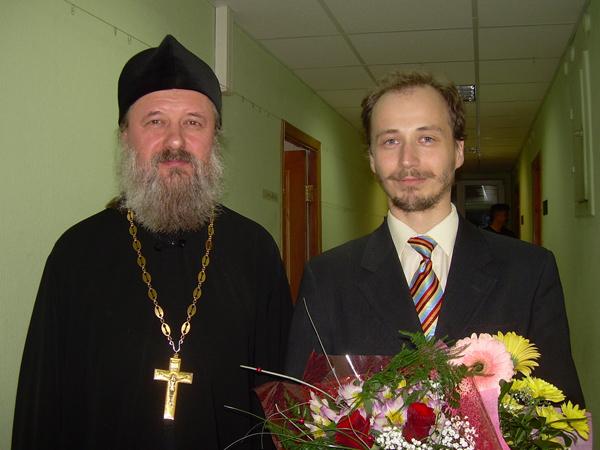 Проректор Пермской духовной семинарии протоиерей Игорь Ануфриев (выпускники ПГИИК) и Петр Куличкин