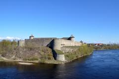 Вид на крепость Иван-города