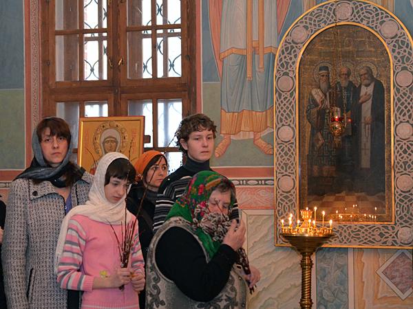 Вербное воскресенье в Пущинском храме 2012