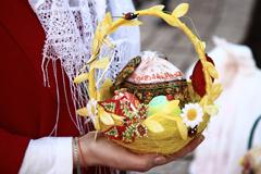 Освящение куличей в Пущинском храме. Пасха-2014