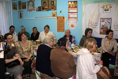 07.05.2013 Пасхальный обед в Пущинской благотворительной столовой