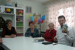 16.05.2013 Евангельские беседы и экскурсия по храму для социально-реабилитационного центра