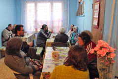 Духовная беседа в благотворительной столовой
