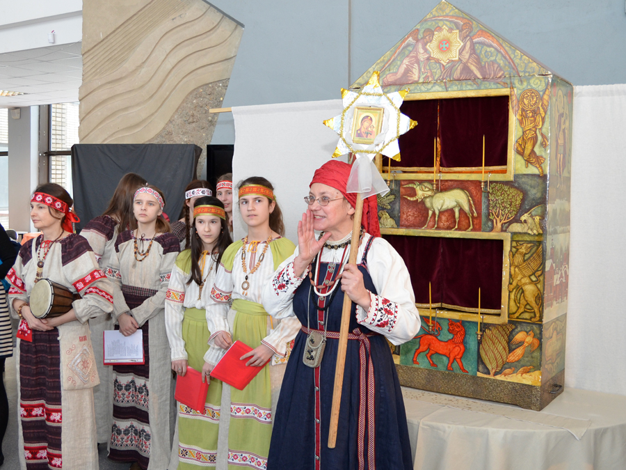 Играем Святки. Фестиваль вертепов на Воробьевых горах. 2013