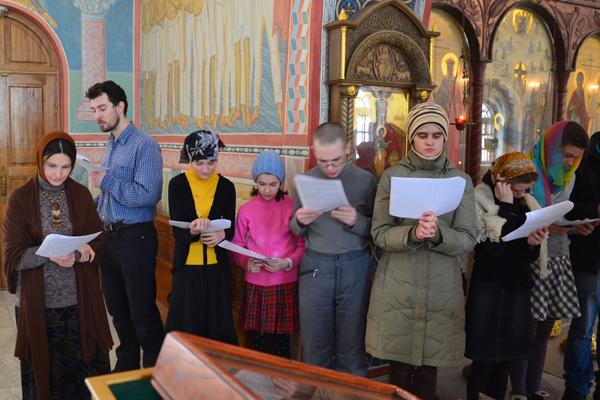 Молебен священномученику Илариону Троицкому в воскресной школе Вертоград