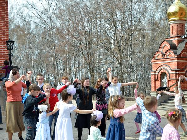 """Пасхальный праздник в воскресной школе """"Вертоград"""""""