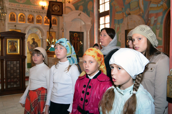 """Молебен на начало учения в воскресной школе """"Вертоград"""""""