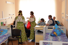 05.05.2013 Волочебники в Пущинской больнице
