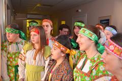 12.04.2015 Пасхальное поздравление пациентов и персонал Пущинской больницы