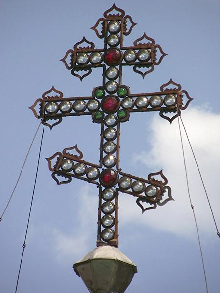 Крест с хрустальными вставками