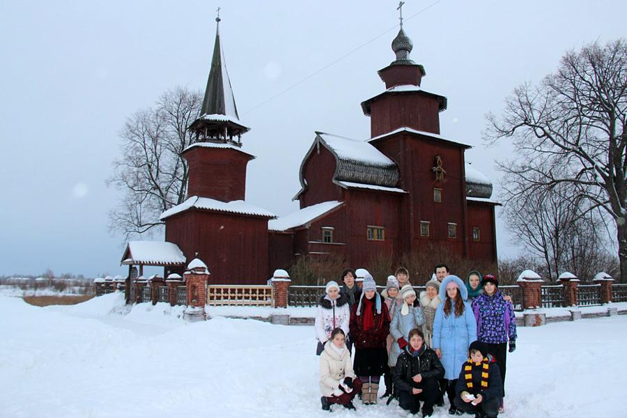 Храм Иоанна Богослова в Ярославской области, недалеко от Ростова