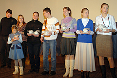 """3 выпуск воскресной школы """"Вертоград"""" 2006 г."""